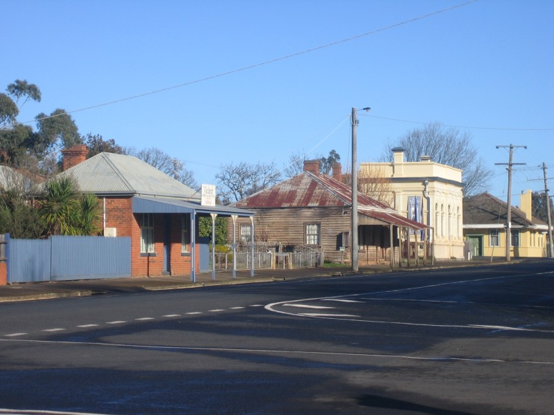 High St view west Lancefield