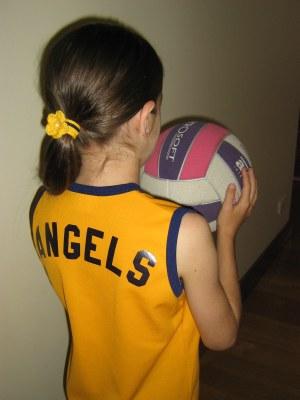 ella_first_netball_game